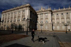 ارتفاع حصيلة ضحايا فيروس كورونا في إسبانيا بمقدار 674