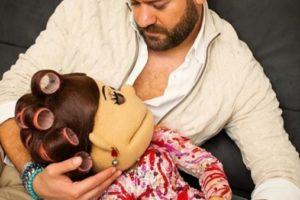 """""""سامحيني يا كندا"""".. أبلة فاهيتا في أحضان عمرو يوسف في """"الكوارنطينا"""""""
