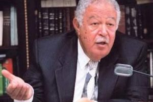 نقيب المحامين يطالب بإرجاء جلسات استئناف القاهرة